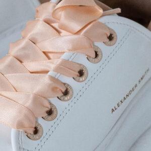 l riferimento al famoso torneo è chiaro e l'ispirazione sono le sneakers da tennis